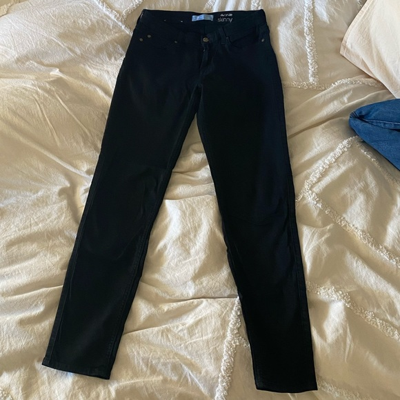 Black 7 for all mankind skinny jeans